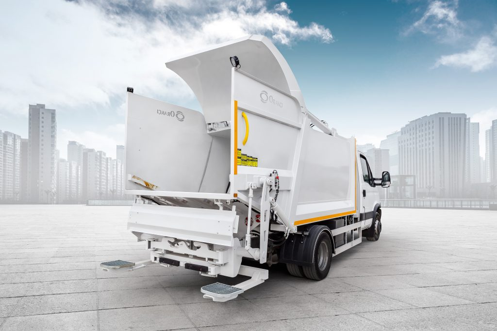 Hydraulic Garbage Compactor